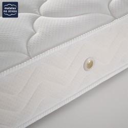 L'épaisseur du matelas 140x200 latex ferme 3 zones de confort