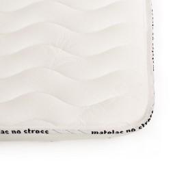 La finition de notre matelas 100 % latex naturel ferme haut de gamme